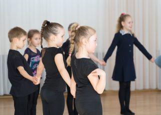 Tanzen ohne Eltern